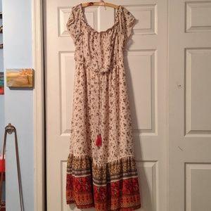 Bohemian Off the Shoulder Maxi Dress